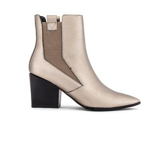 Kendall and Kylie Finigan Boot in Pewter/Silver